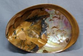 鮑貝殻蒔絵菓子器  桃山~江戸時代初期  国学者賀茂季鷹自筆の和歌あり  珍品