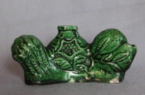 緑釉花文水滴・筆架   明治時代