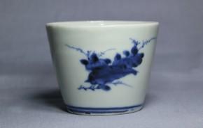 古伊万里花文様蕎麦猪口(219)   江戸時代中期  本物保証