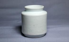 李朝分院白磁薬瓶(1)   李朝時代後期