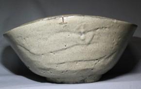 古萩松本焼白萩釉鉢   江戸時代中期    時代箱入り