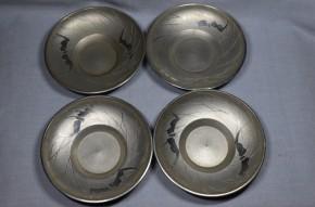 薩摩錫器芒に双蝙蝠図古錫製茶托 4個  鹿児島高山製    共箱